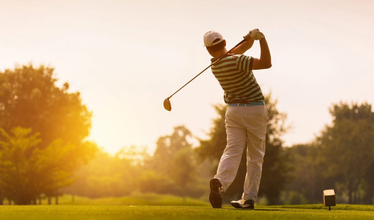 golfer on the course after meeting with a Clinton Township divorce attorney