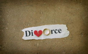 broken heart divorce concept, when needing a good divorce lawyer in Birmingham